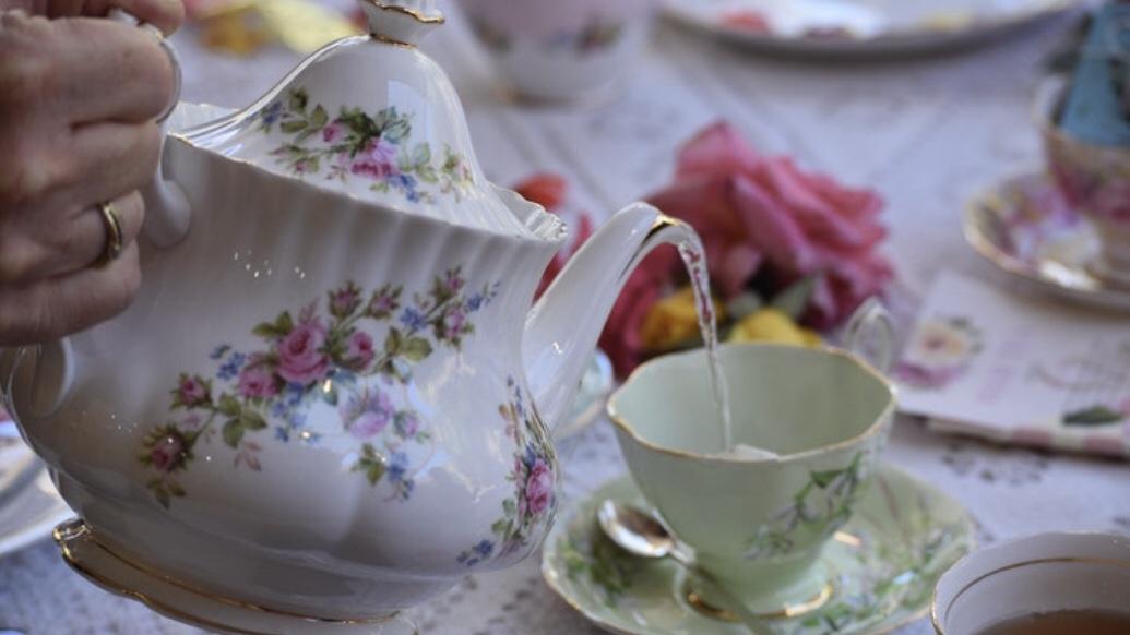 posh Tea pot